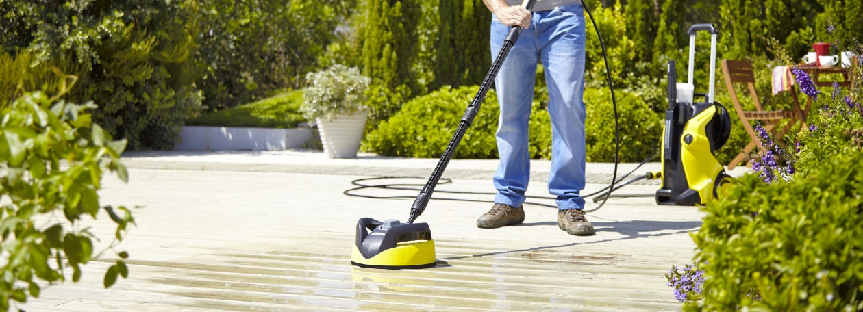 Bring Your House to Life Again by Cleaning Your Drive and Patio