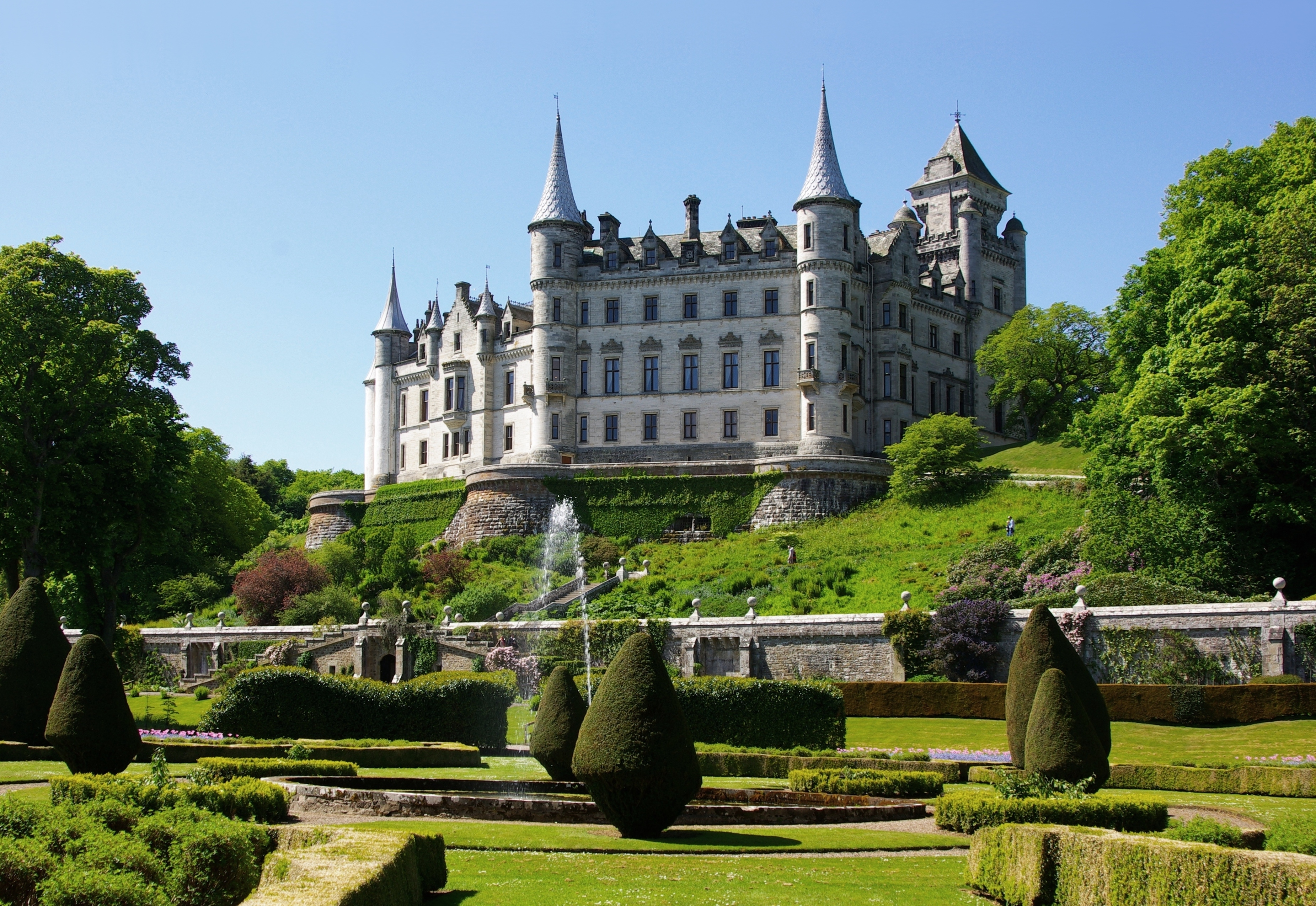 The Architectural History of Scotland